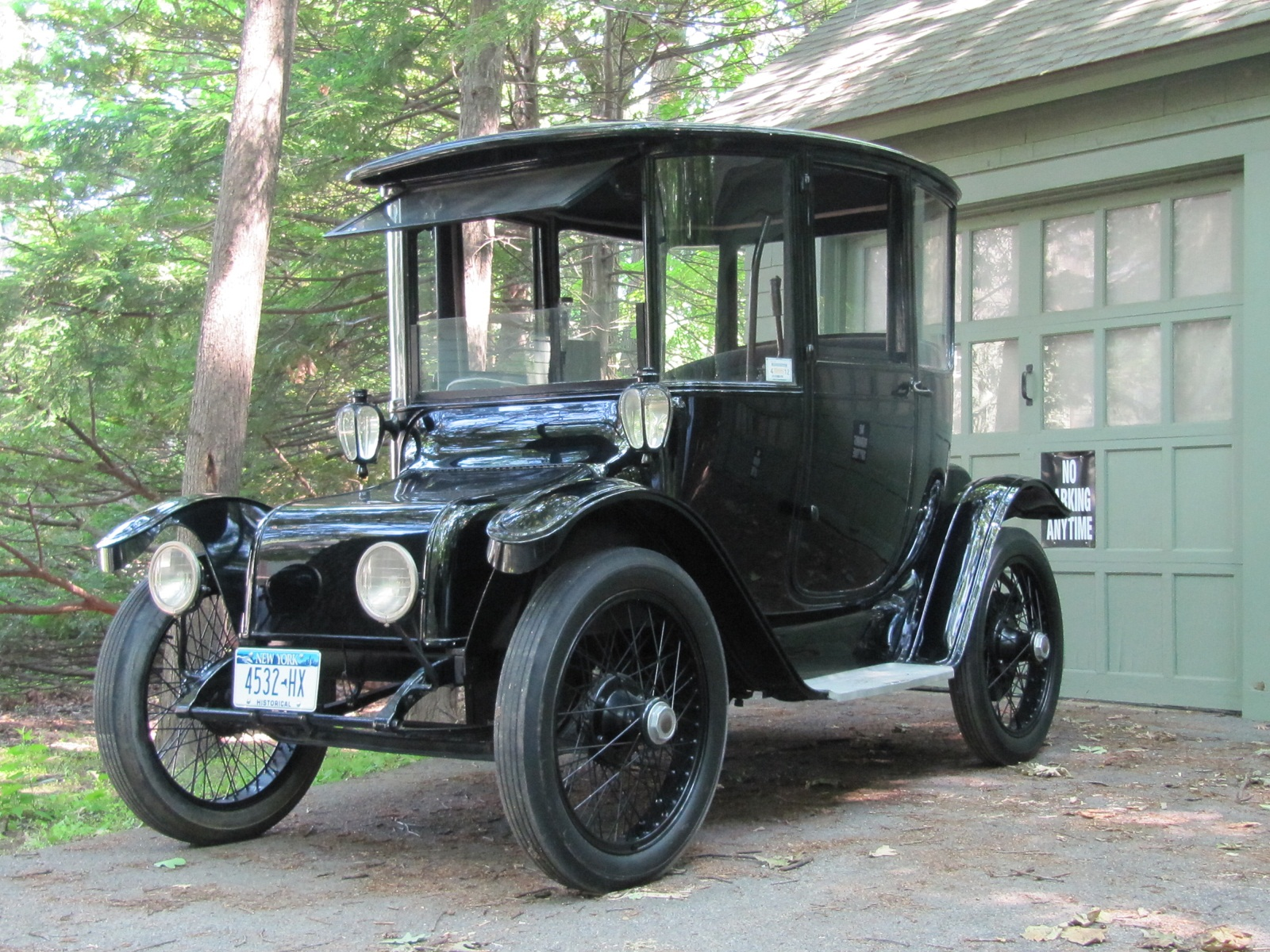 Electric Car Drivers Be Thankful You Didn T Recharge In 1900