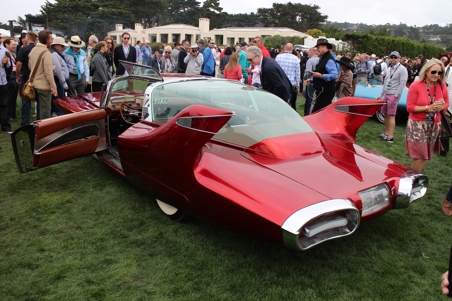 1960s American Dream Cars wow crowds at tony Pebble Beach Concours ...