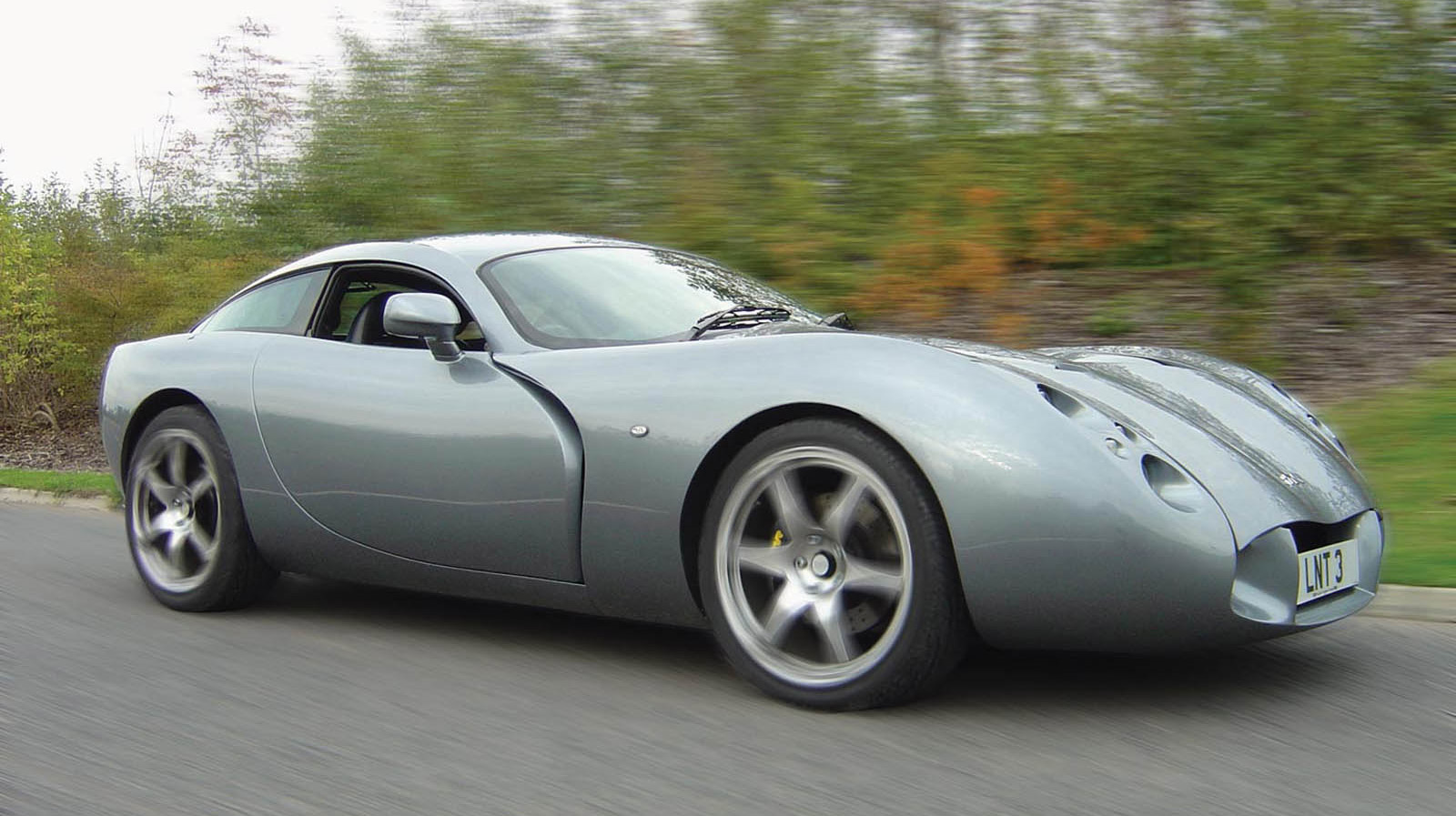 tvr boss gives up on building cars focuses on wind turbines. Black Bedroom Furniture Sets. Home Design Ideas