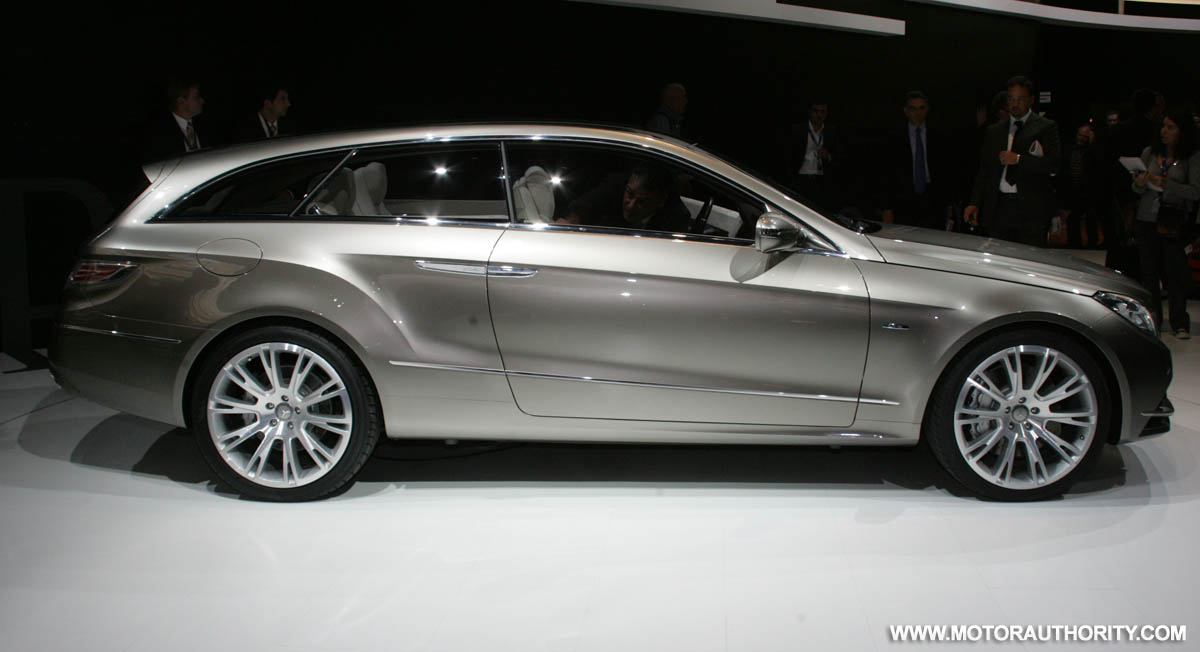 Report mercedes benz to build cls based wagon for Mercedes benz cls wagon