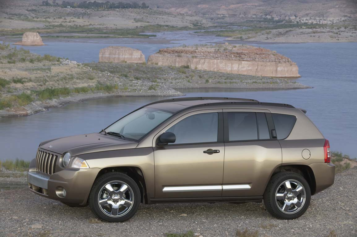 2008 jeep compass review ratings specs prices and photos the car connection. Black Bedroom Furniture Sets. Home Design Ideas