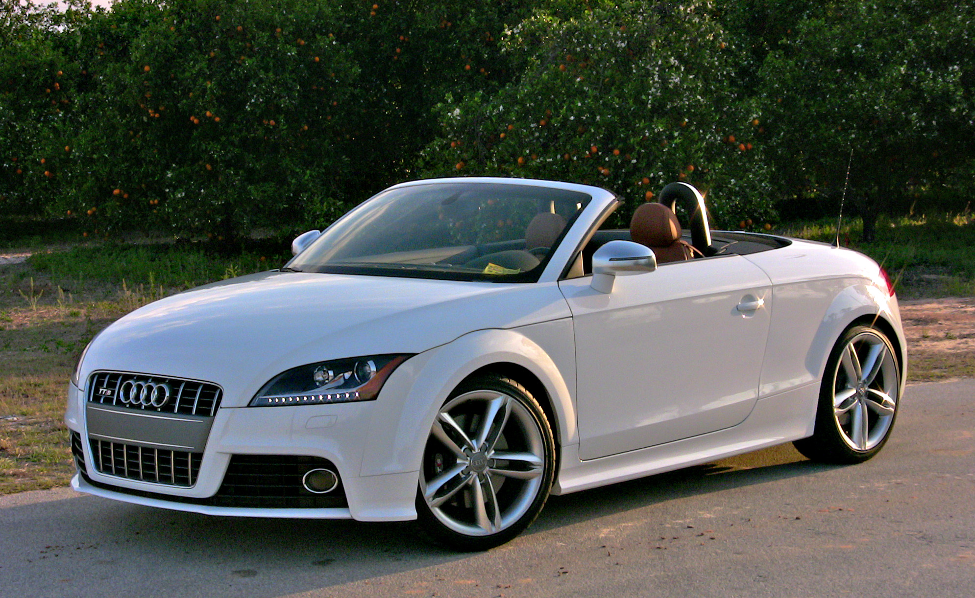 quick drive 2009 audi tts cabriolet. Black Bedroom Furniture Sets. Home Design Ideas