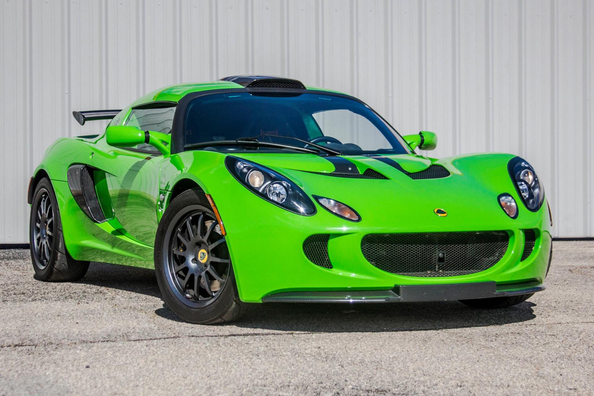 lotus exige once owned by jerry seinfeld sells for 90 400 autozaurus. Black Bedroom Furniture Sets. Home Design Ideas