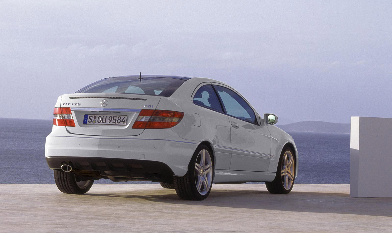 mercedes plans c class liftback to rival a5 sportback 3. Black Bedroom Furniture Sets. Home Design Ideas