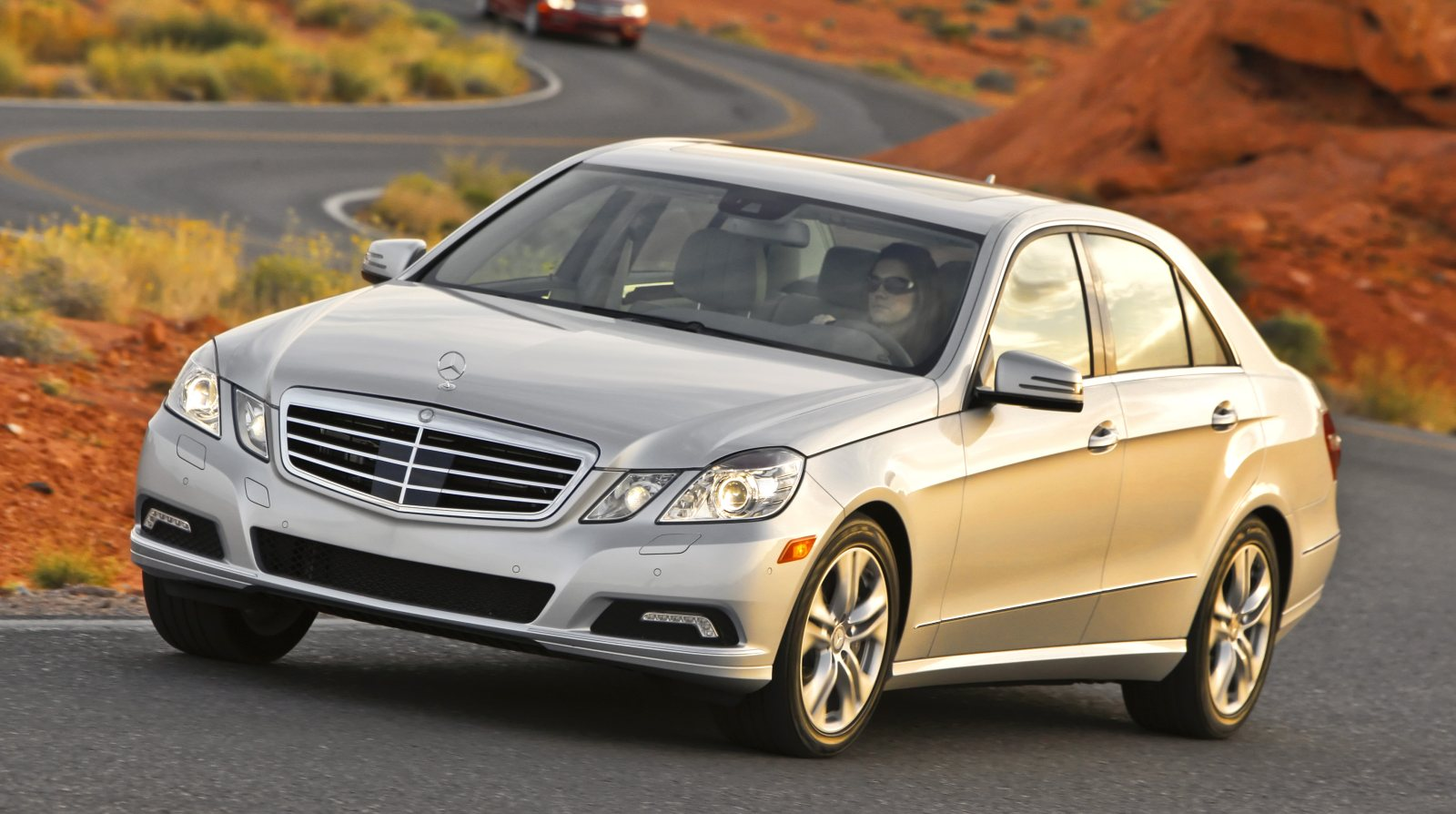 2012 mercedes benz e550 sedan gets standard 4matic awd only for 2012 mercedes benz e550 coupe review