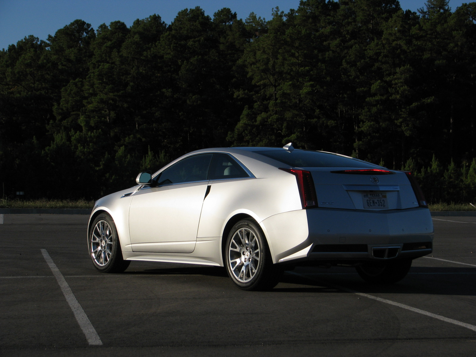 driven 2011 cadillac cts coupe. Black Bedroom Furniture Sets. Home Design Ideas