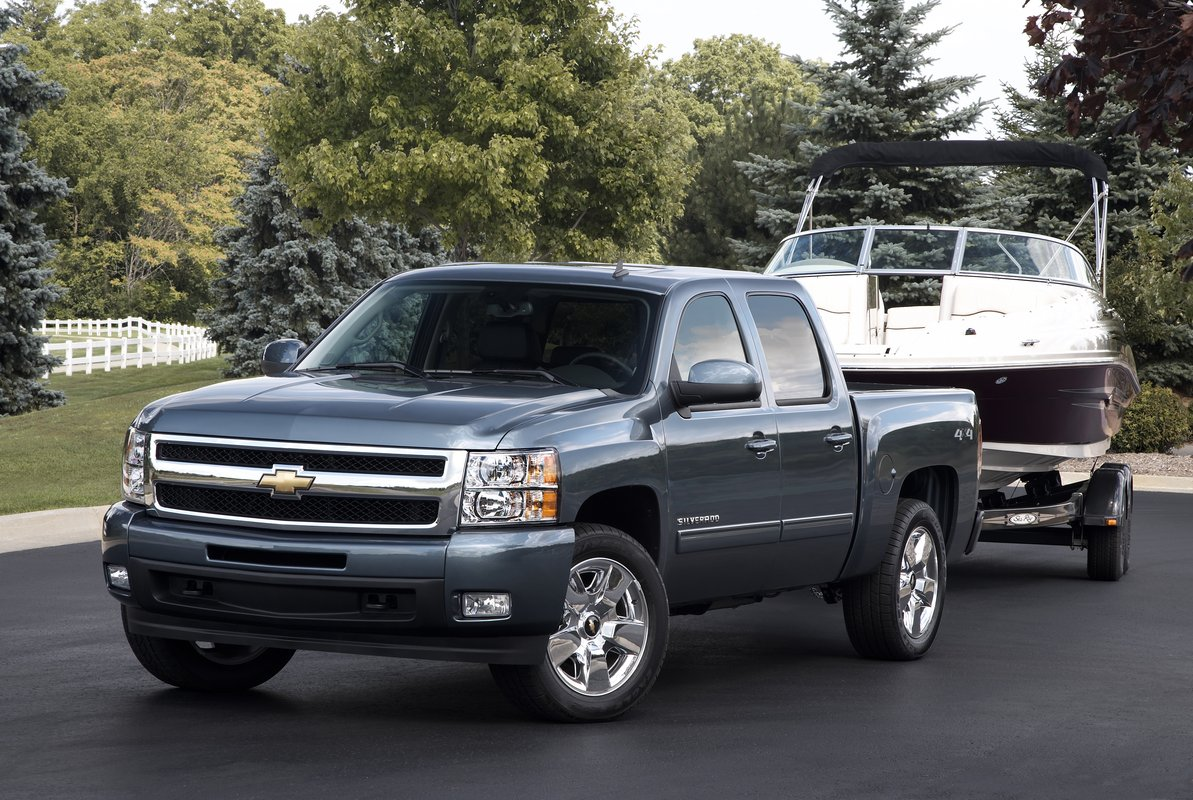 2012 Chevrolet Silverado Gets WiFi Connectivity Tech