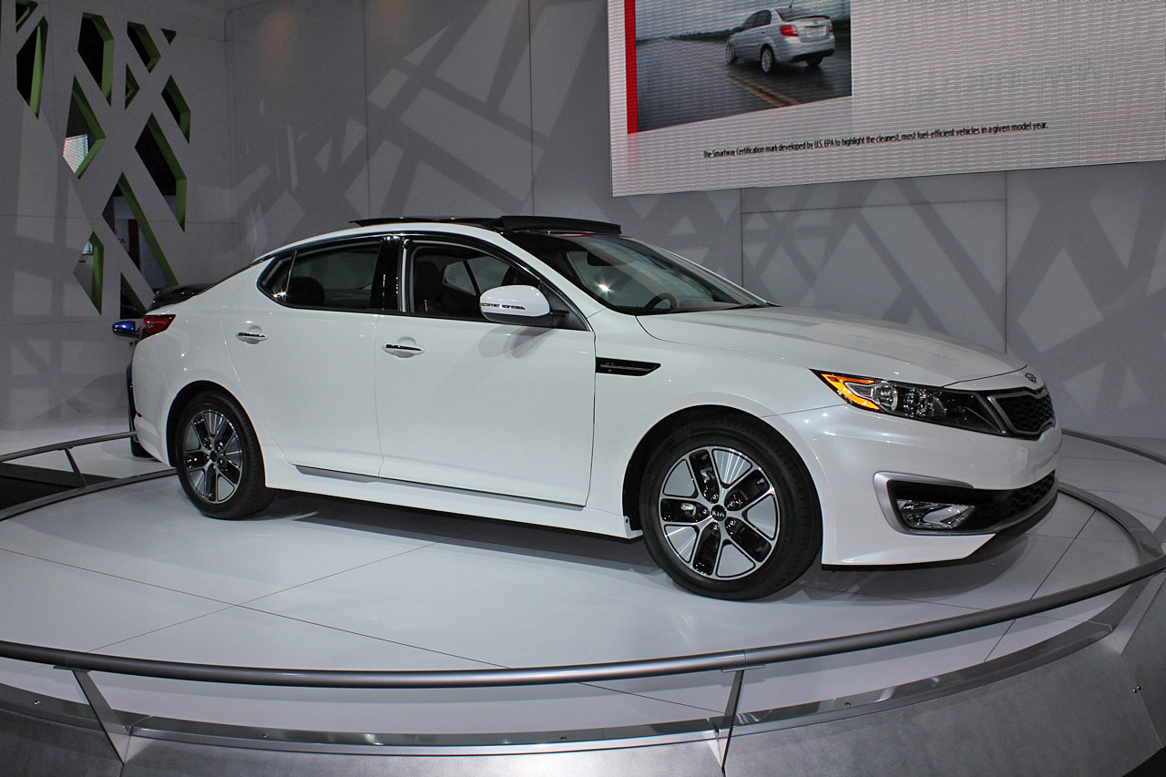 kia announces 2011 optima hybrid pricing. Black Bedroom Furniture Sets. Home Design Ideas