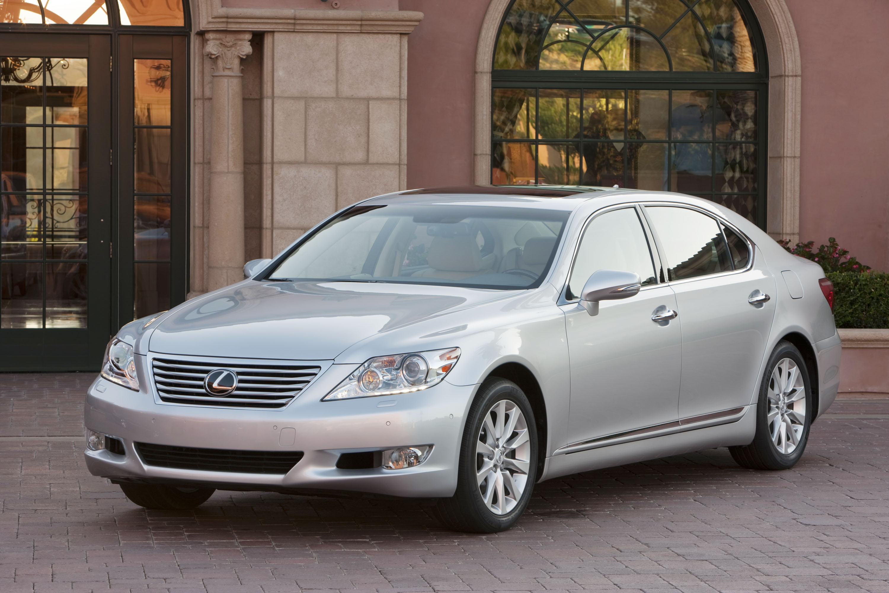 2012 lexus ls 460 review ratings specs prices and photos the car connection. Black Bedroom Furniture Sets. Home Design Ideas