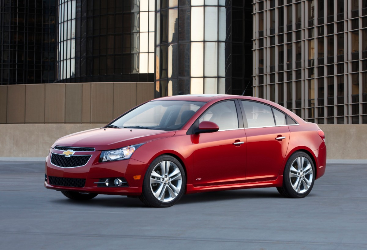 2013 chevrolet cruze chevy gas mileage the car connection. Black Bedroom Furniture Sets. Home Design Ideas