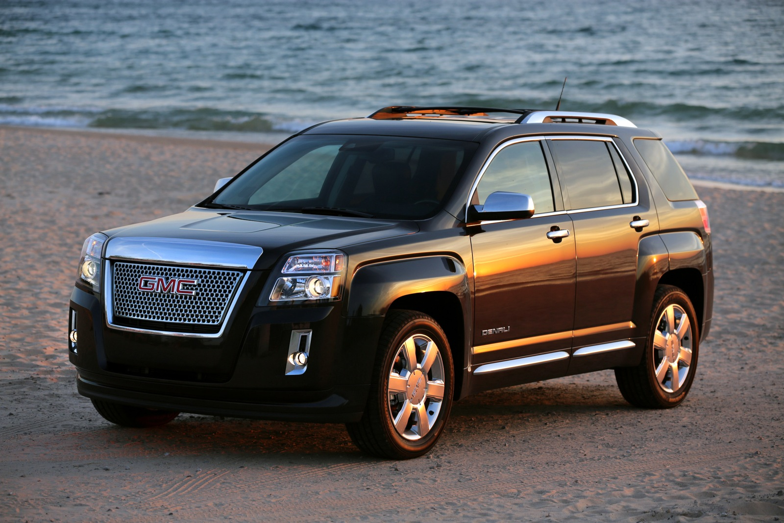 2013 gmc terrain gas mileage the car connection. Black Bedroom Furniture Sets. Home Design Ideas