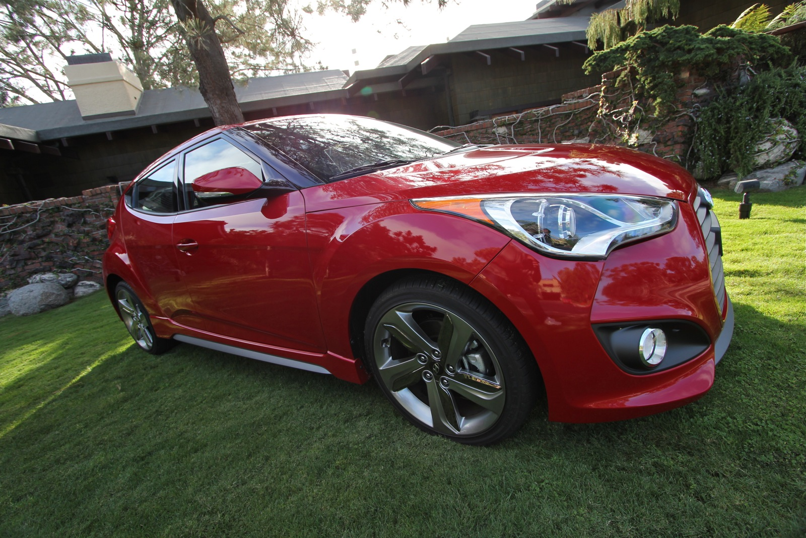 2013 hyundai veloster turbo first drive review. Black Bedroom Furniture Sets. Home Design Ideas