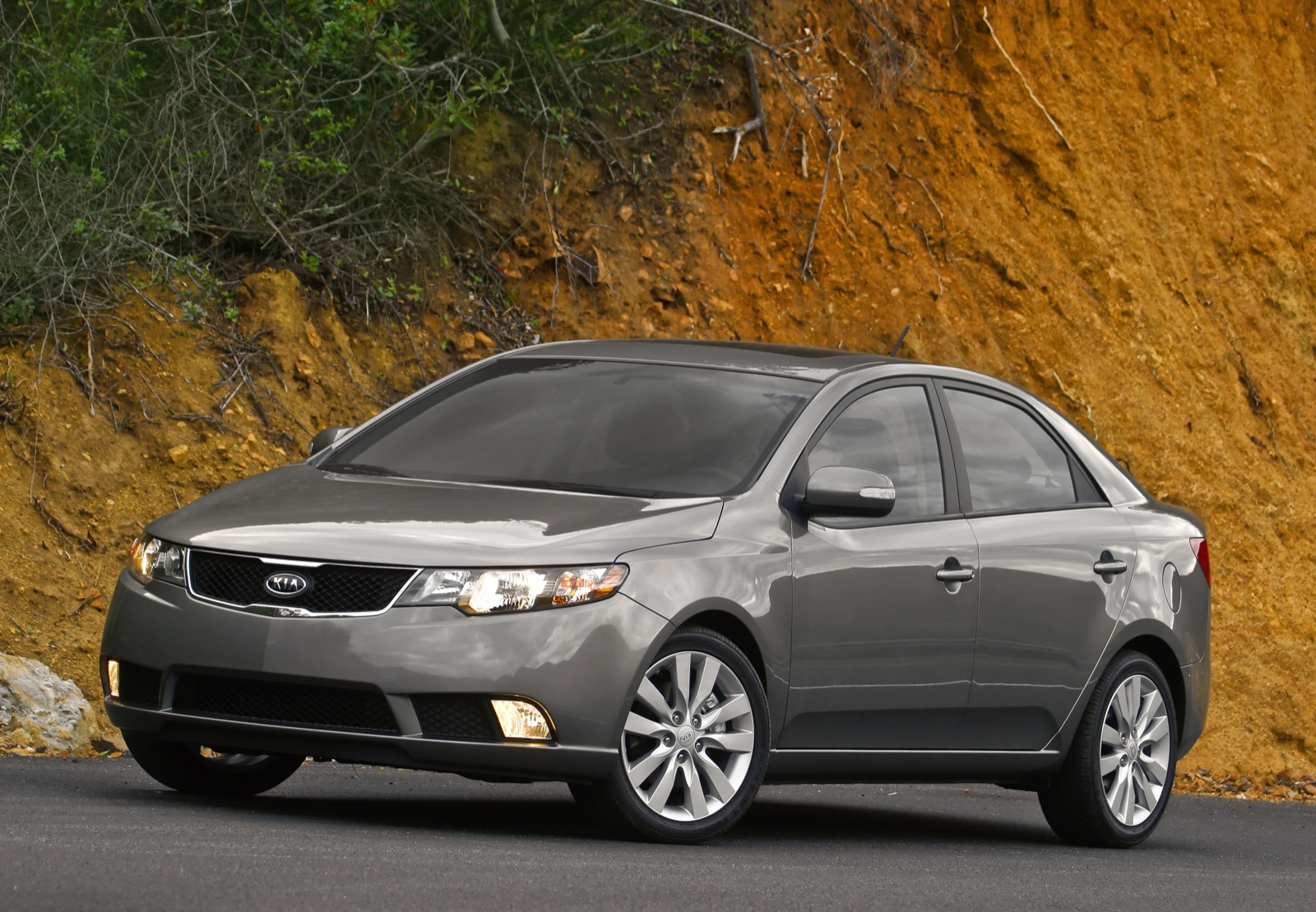2013 kia forte review ratings specs prices and photos the car connection. Black Bedroom Furniture Sets. Home Design Ideas