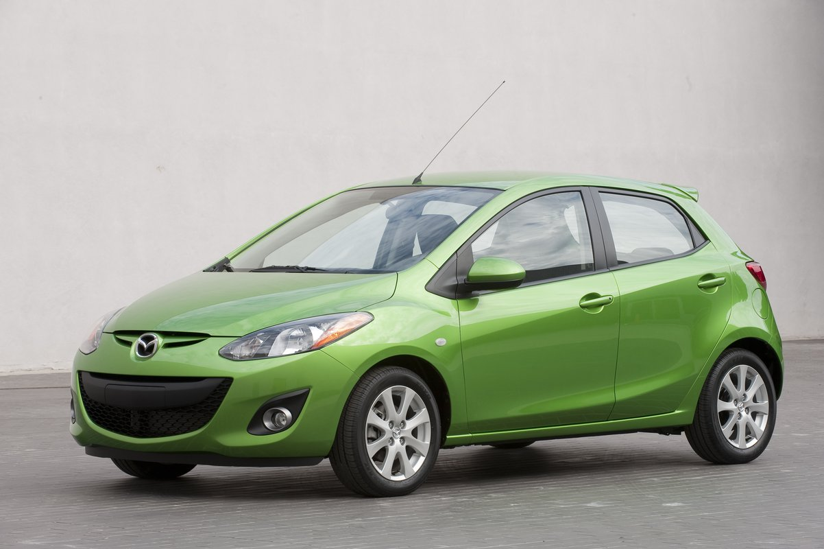 2013 mazda mazda2 safety review and crash test ratings   the car