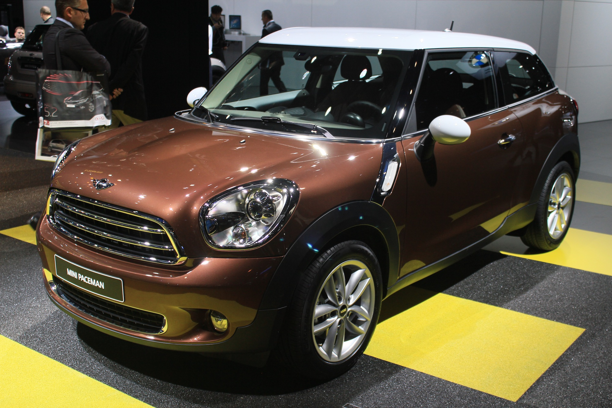 2013 mini cooper paceman review ratings specs prices and photos the car connection. Black Bedroom Furniture Sets. Home Design Ideas