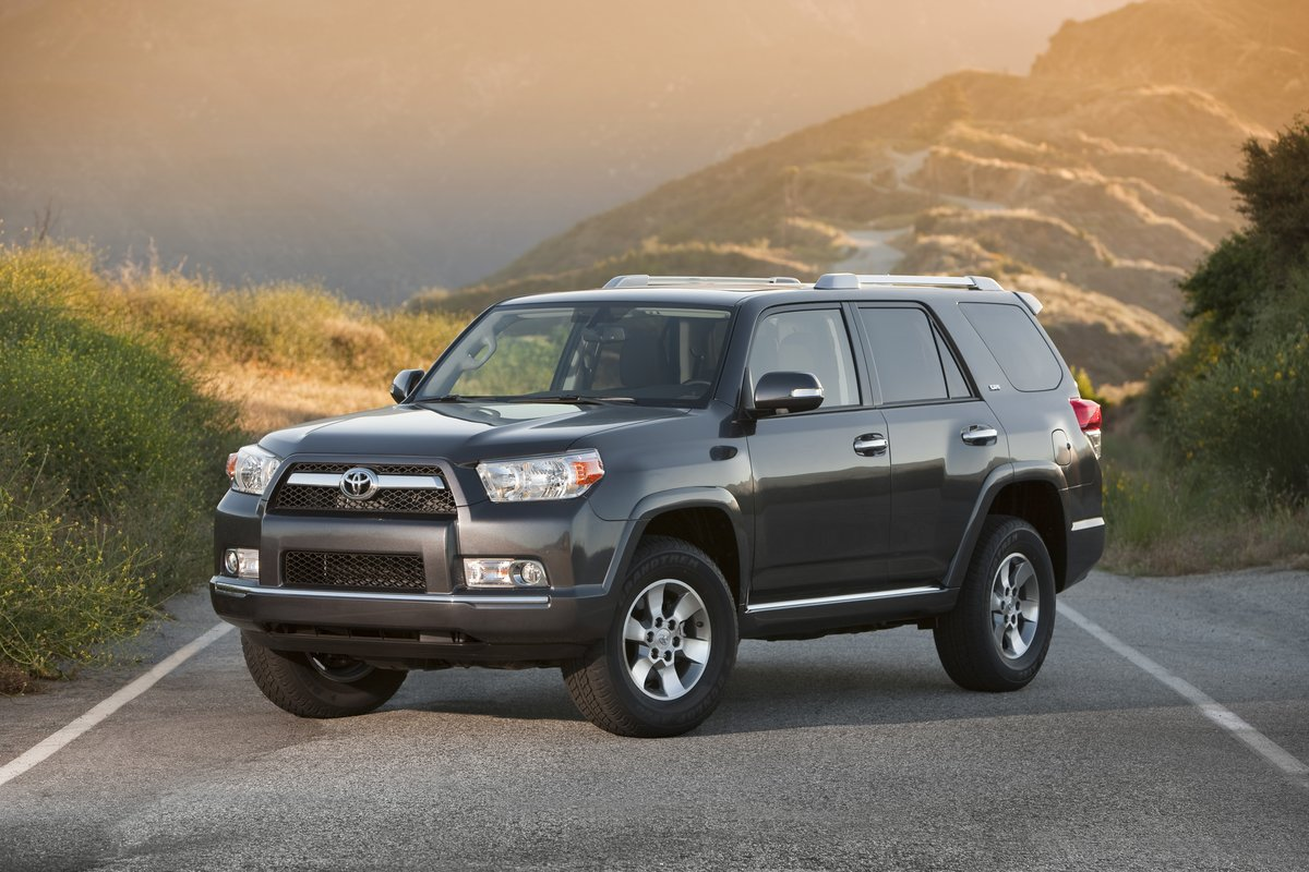2013 toyota 4runner gas mileage the car connection. Black Bedroom Furniture Sets. Home Design Ideas