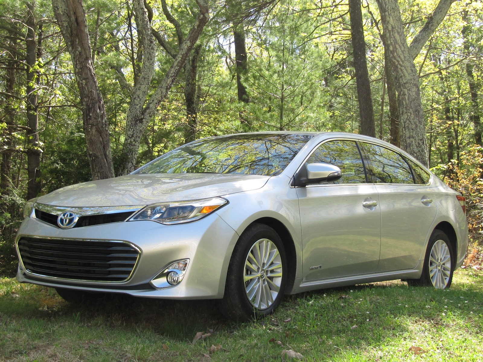 2013 toyota avalon review ratings specs prices and photos the car connection. Black Bedroom Furniture Sets. Home Design Ideas