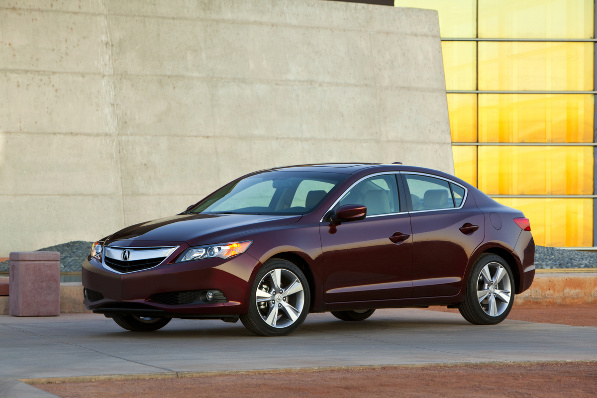 2014 acura ilx safety review and crash test ratings the. Black Bedroom Furniture Sets. Home Design Ideas