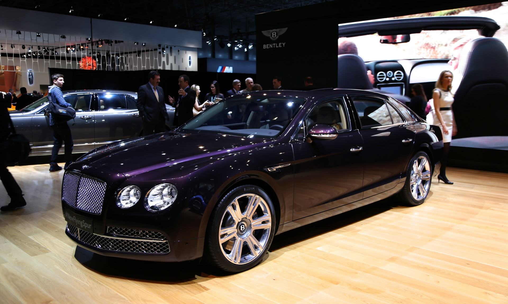 2014 bentley flying spur live photos from the new york auto show. Black Bedroom Furniture Sets. Home Design Ideas