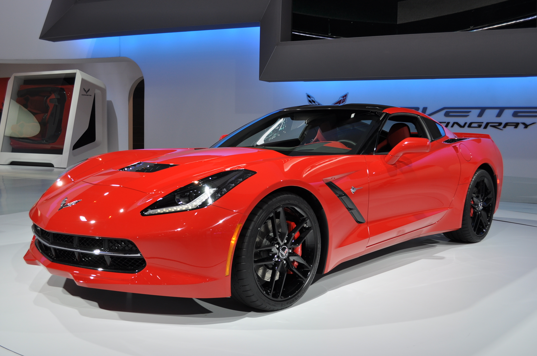 2014 Chevrolet Corvette Stingray EPA Rated: 29 MPG Hwy, 21 ...