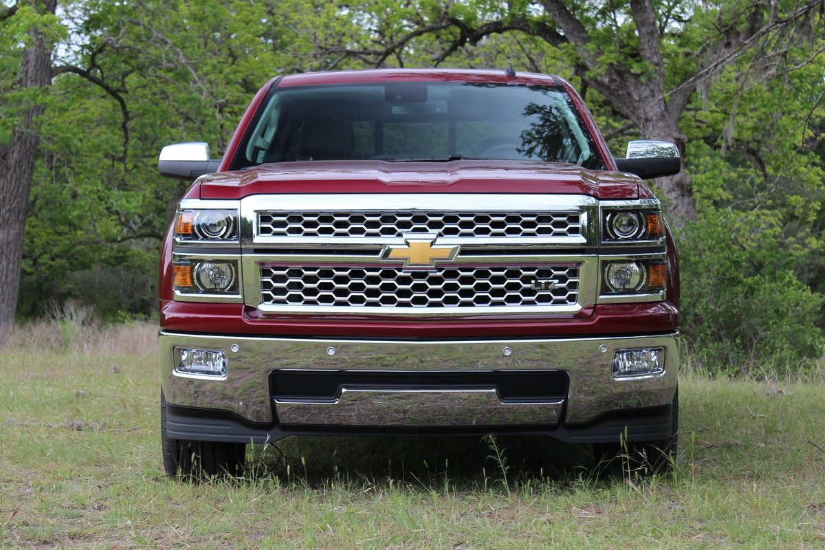 2014 pickup truck gas mileage ford vs green car reports. Black Bedroom Furniture Sets. Home Design Ideas