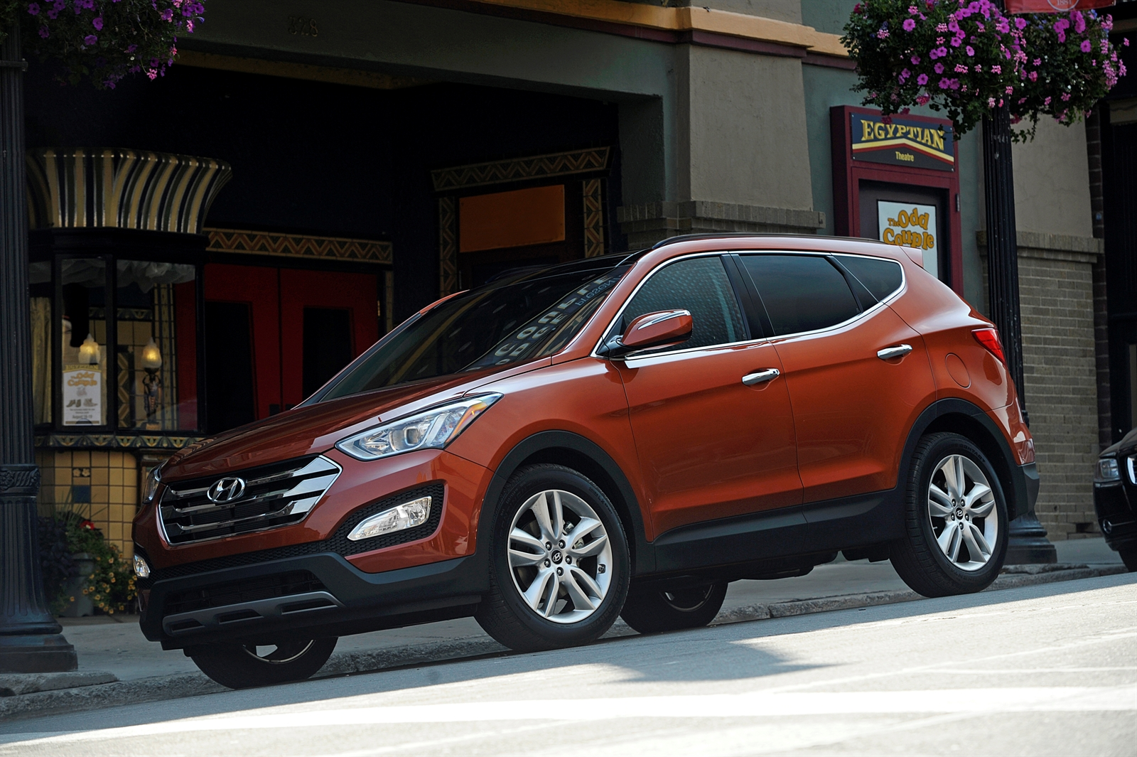 2014 hyundai santa fe performance review the car connection. Black Bedroom Furniture Sets. Home Design Ideas
