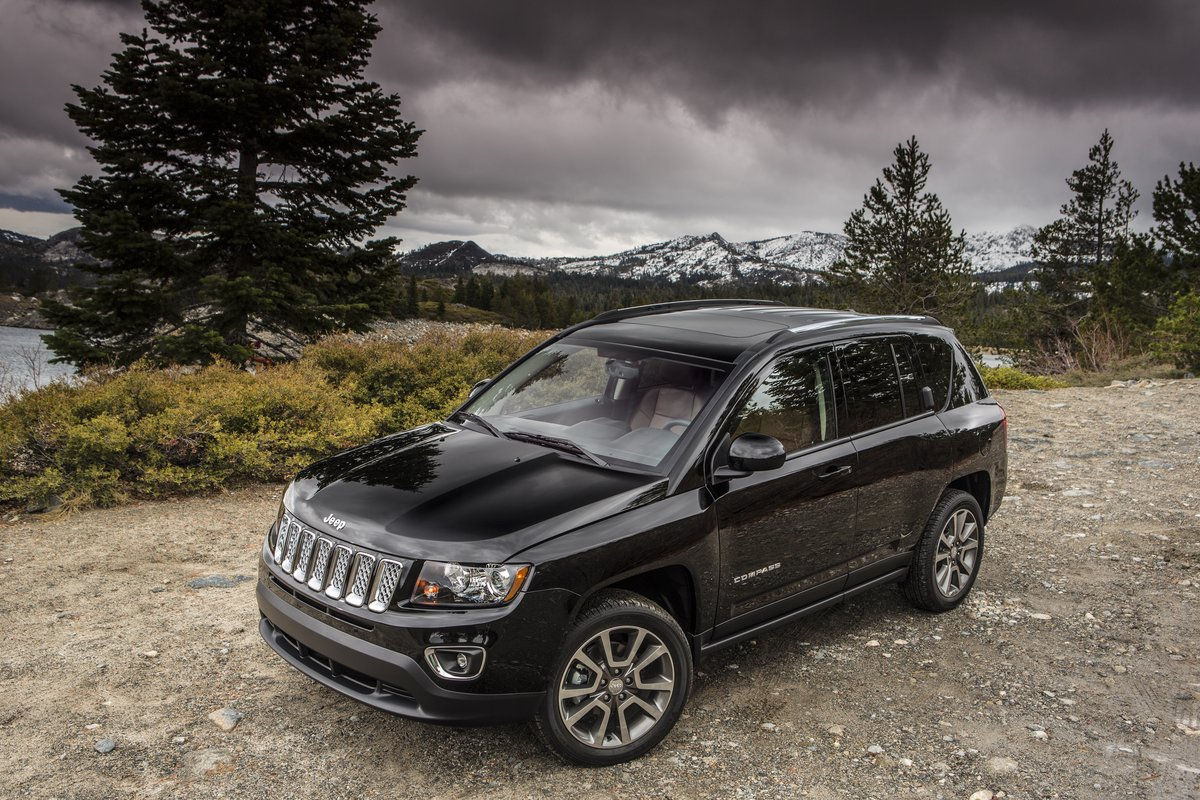 2014 jeep compass review ratings specs prices and photos the car connection. Black Bedroom Furniture Sets. Home Design Ideas