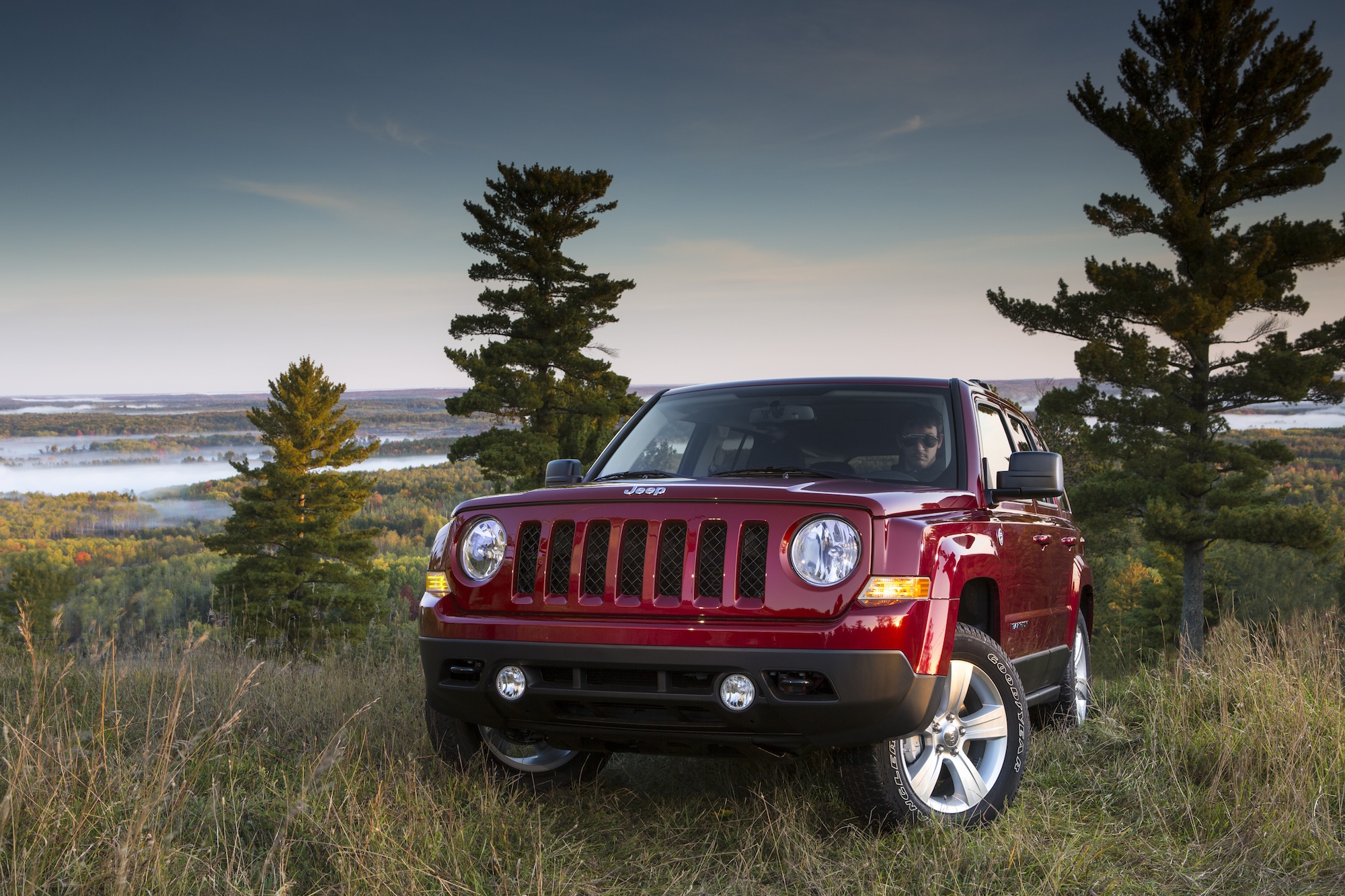 2014 jeep patriot review ratings specs prices and photos the car connection. Black Bedroom Furniture Sets. Home Design Ideas