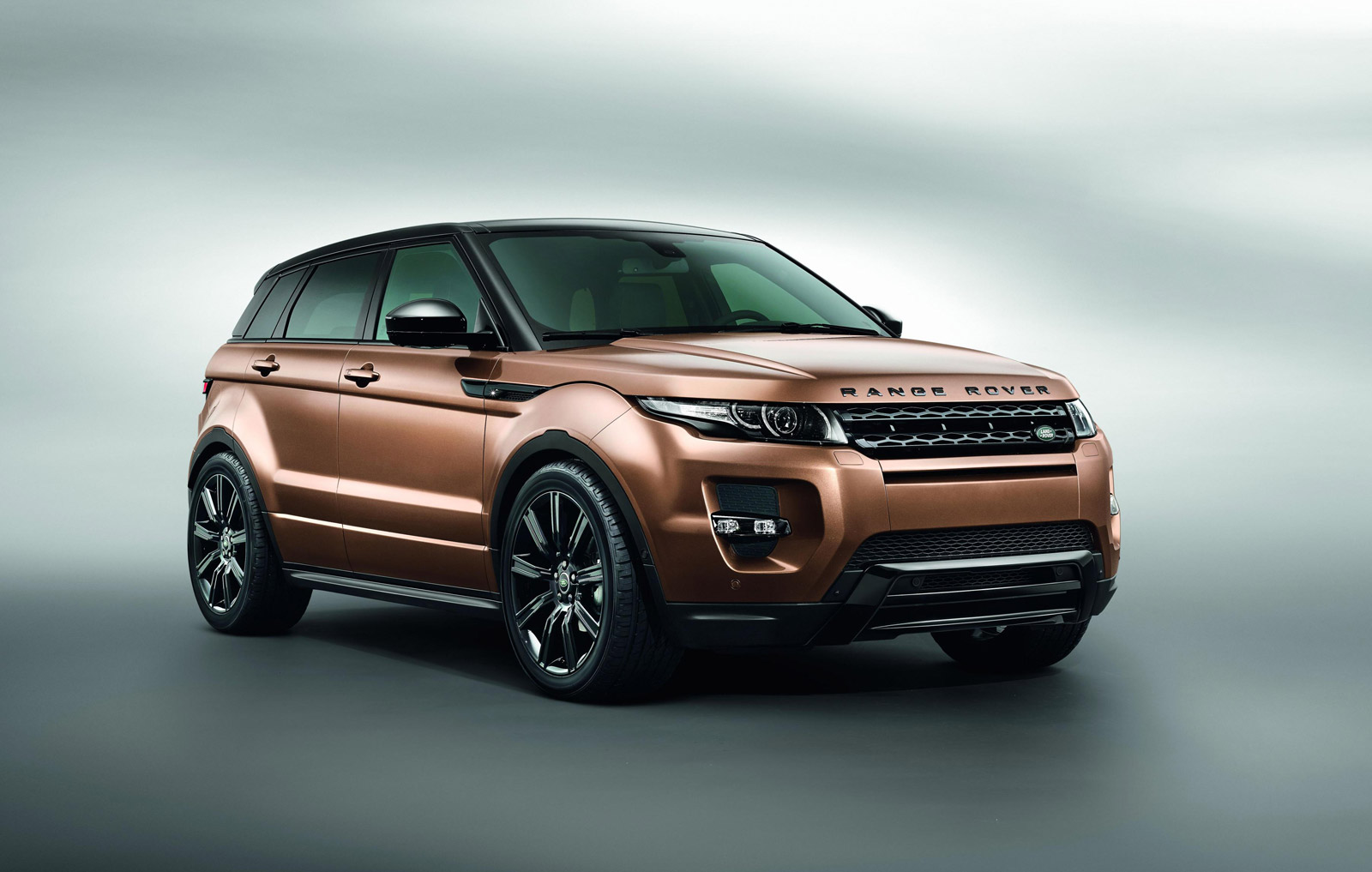 2014 land rover range rover evoque review ratings specs prices and photos the car connection. Black Bedroom Furniture Sets. Home Design Ideas