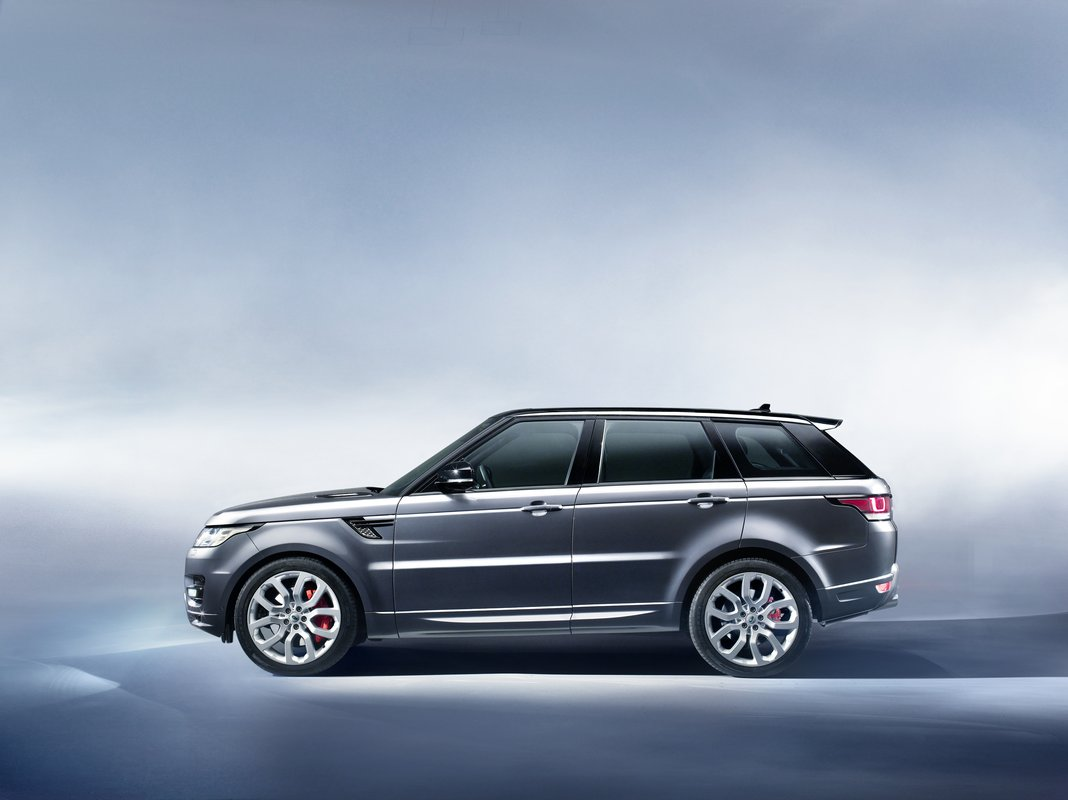 2014 land rover range rover sport sheds 800 pounds gains. Black Bedroom Furniture Sets. Home Design Ideas