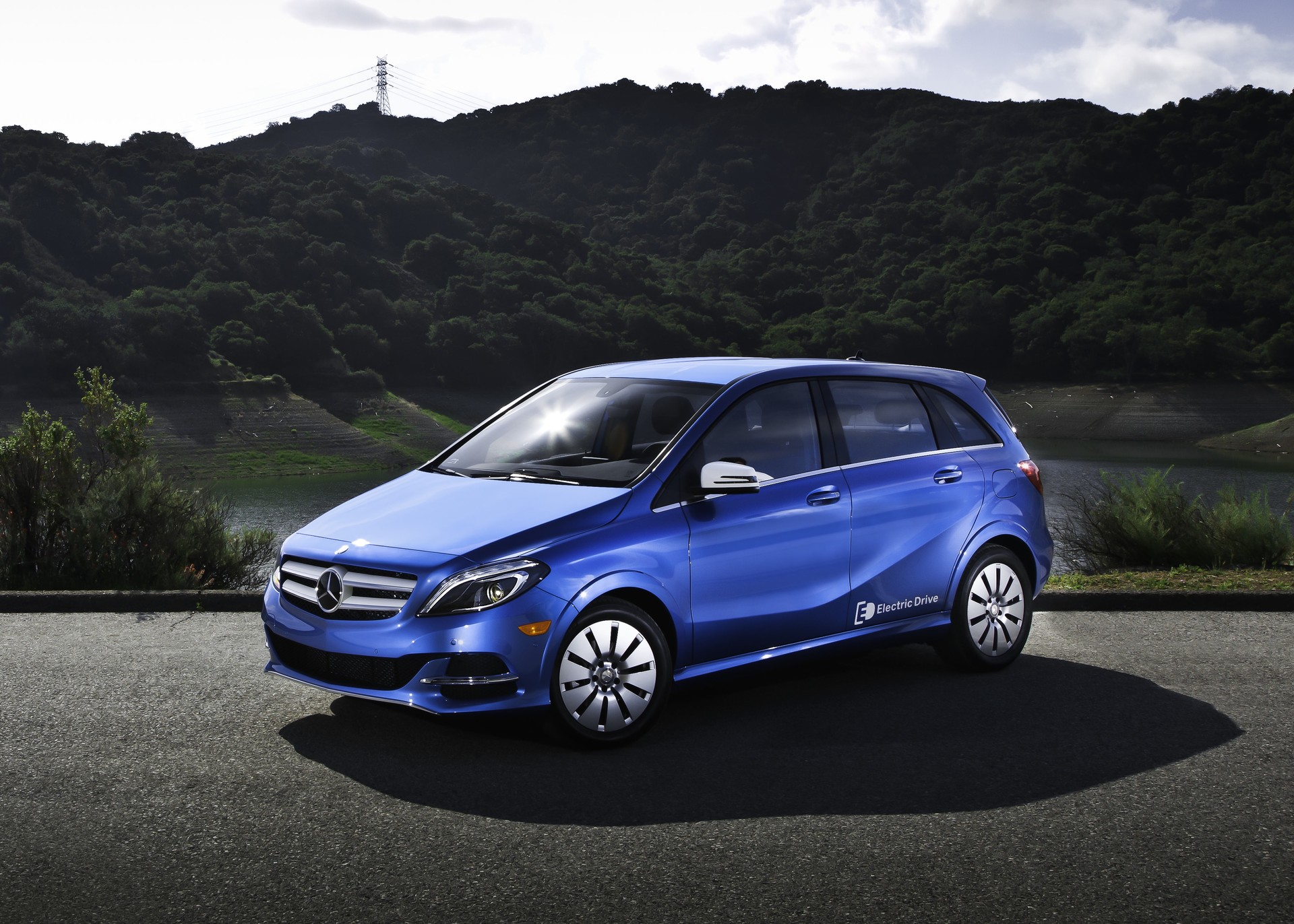 Nissan Leaf Lease >> 2014 Mercedes B-Class: Best Electric-Car Lease Deal Available?