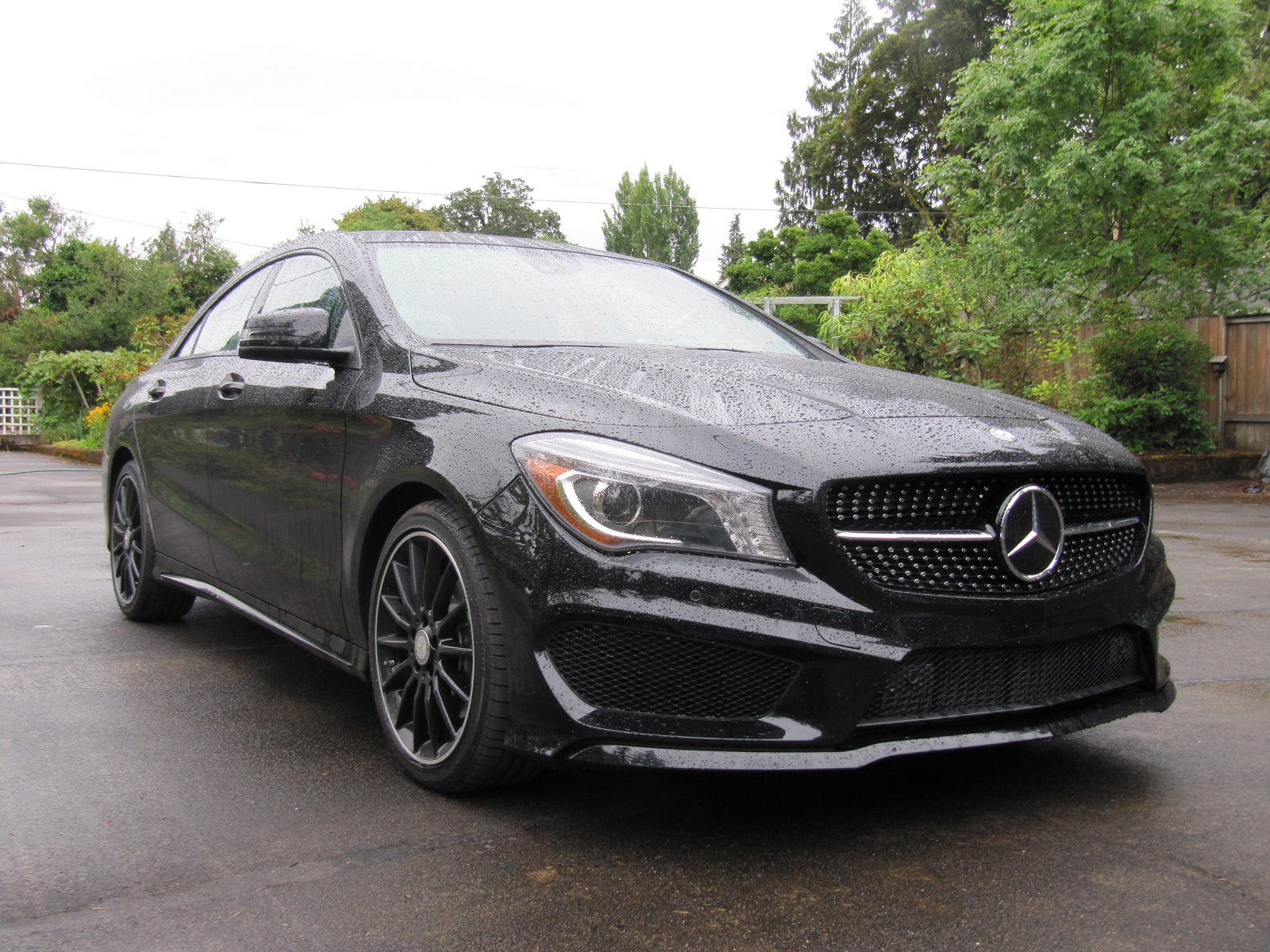 2014 mercedes benz cla 250 gas mileage review of compact luxury sedan. Black Bedroom Furniture Sets. Home Design Ideas