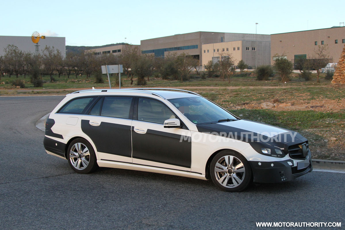 2014 mercedes benz e class wagon spy shots. Black Bedroom Furniture Sets. Home Design Ideas