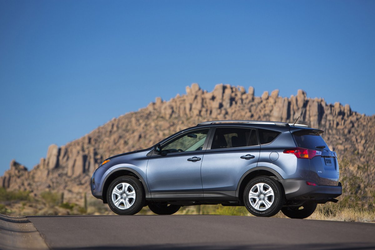 2014 toyota rav4 review ratings specs prices and photos the car connection. Black Bedroom Furniture Sets. Home Design Ideas