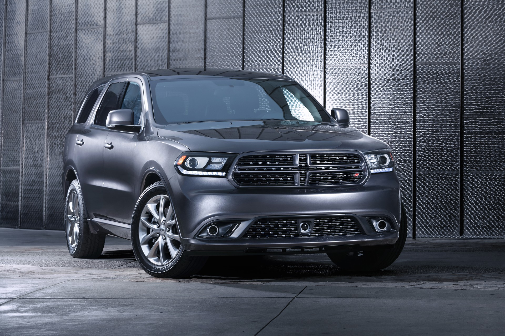 2015 dodge durango review ratings specs prices and. Black Bedroom Furniture Sets. Home Design Ideas