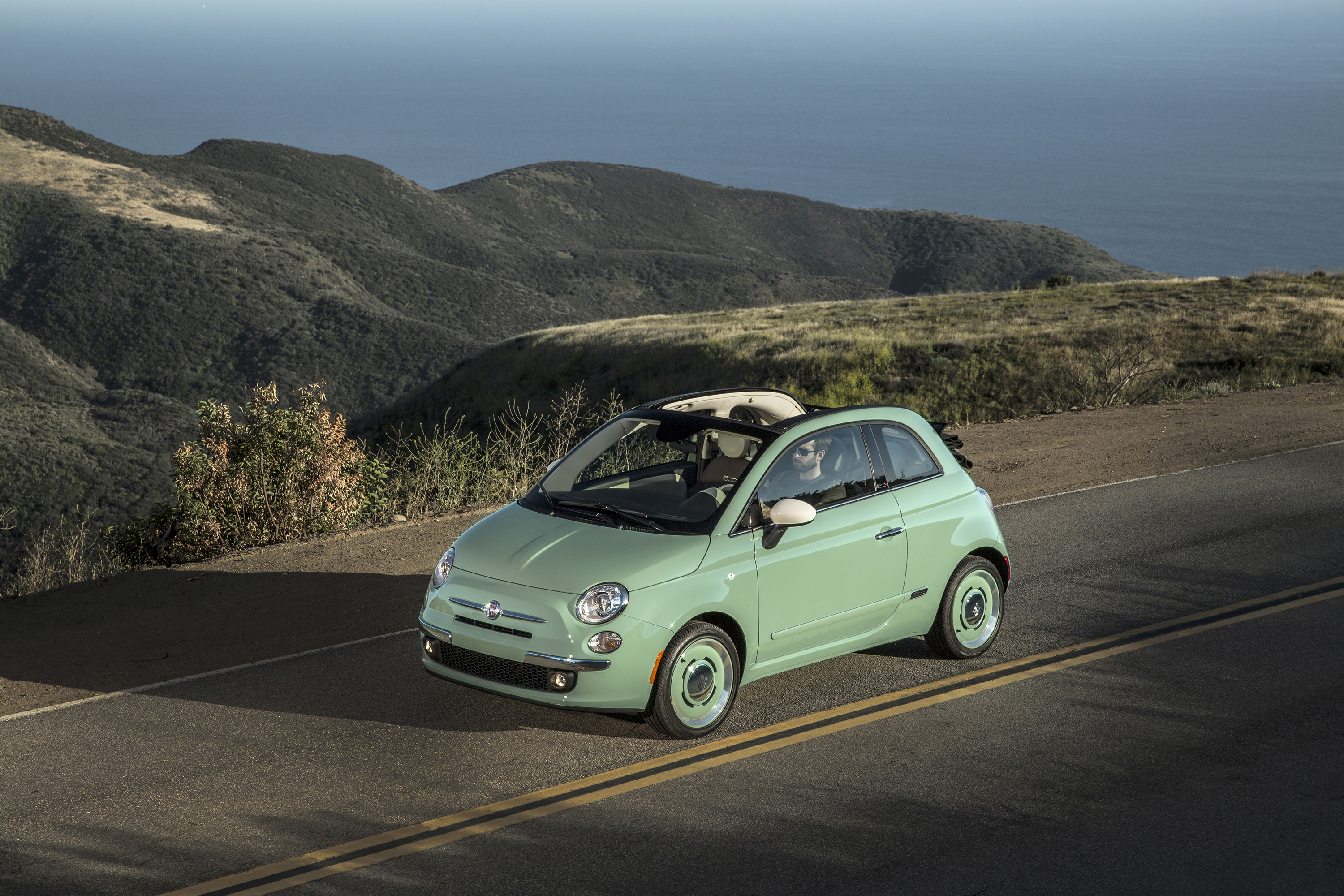 Fiat Launches Retro 500 1957 Edition Cabrio