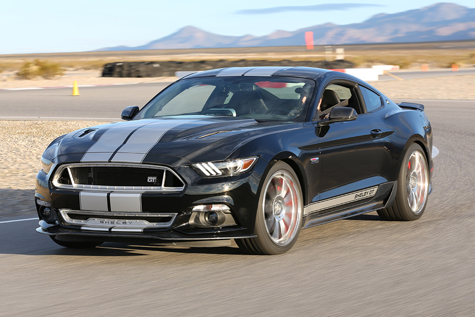 Durango Srt 2015 >> 2015 Ford Shelby GT Debuts With 625 Horsepower: Video