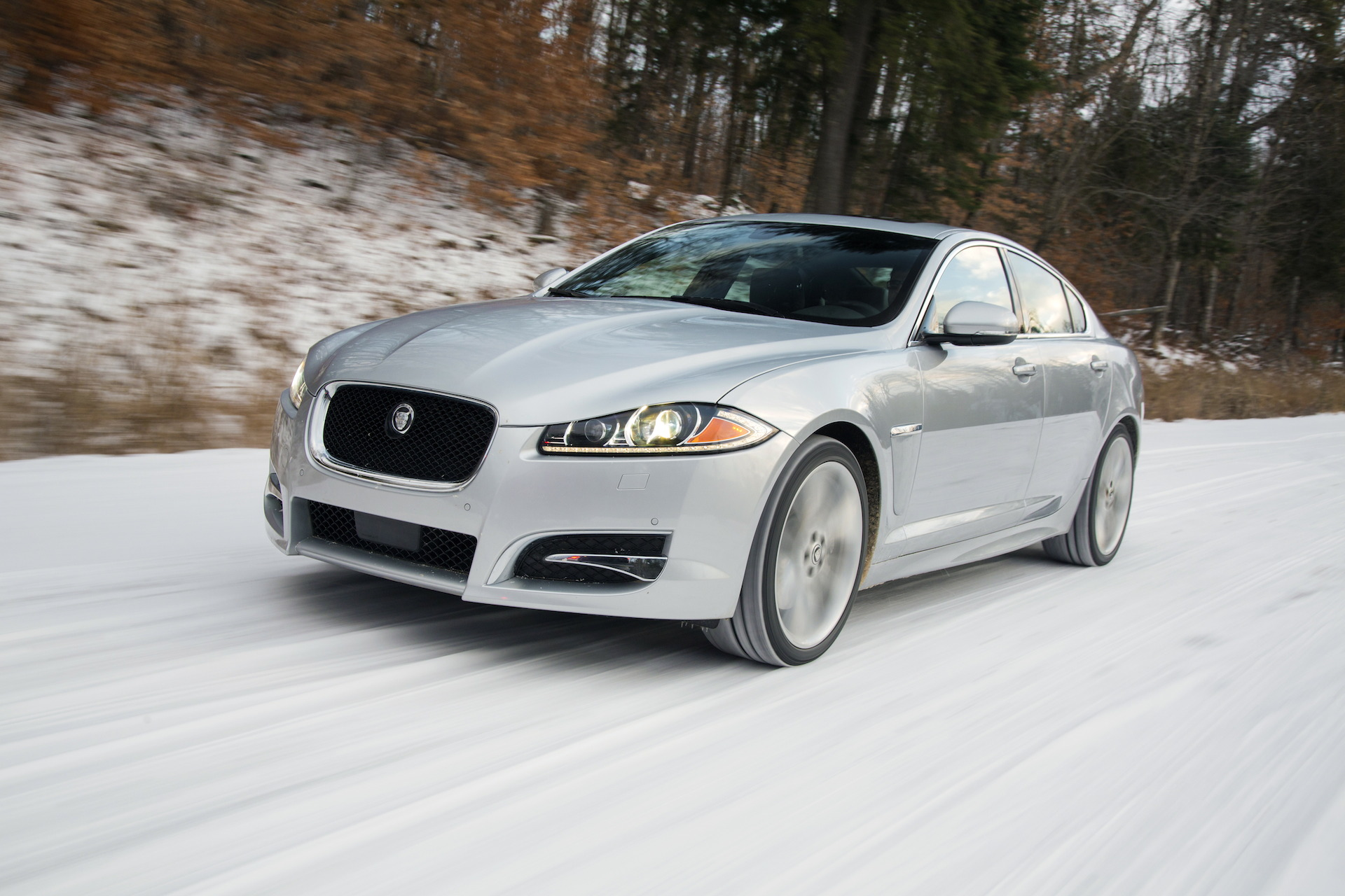 2015 jaguar xf styling review the car connection. Black Bedroom Furniture Sets. Home Design Ideas