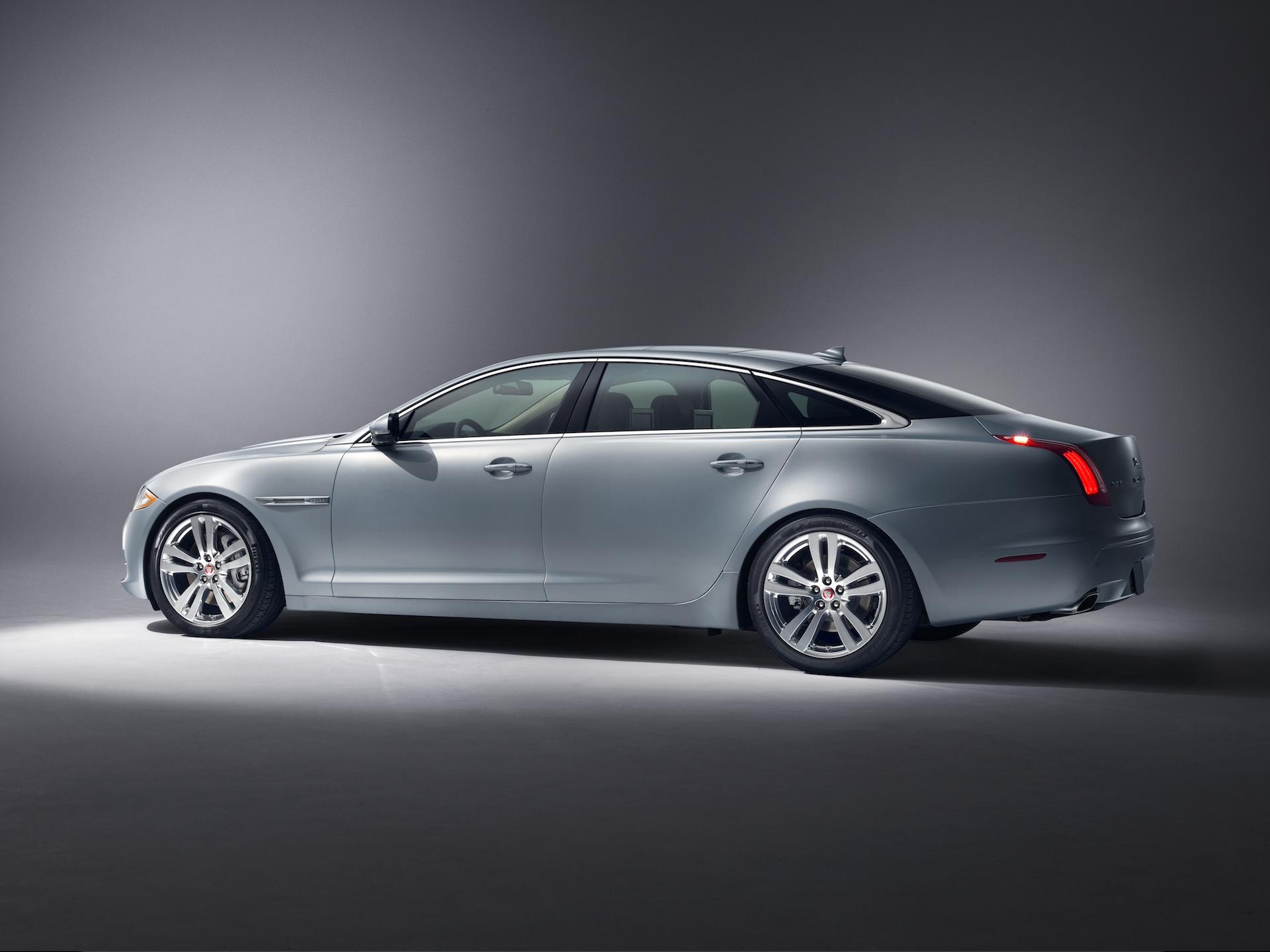 2017 jaguar xj review redesign price 2017 2018 car reviews - 2015 Jaguar Xj Safety Review And Crash Test Ratings The Car Connection