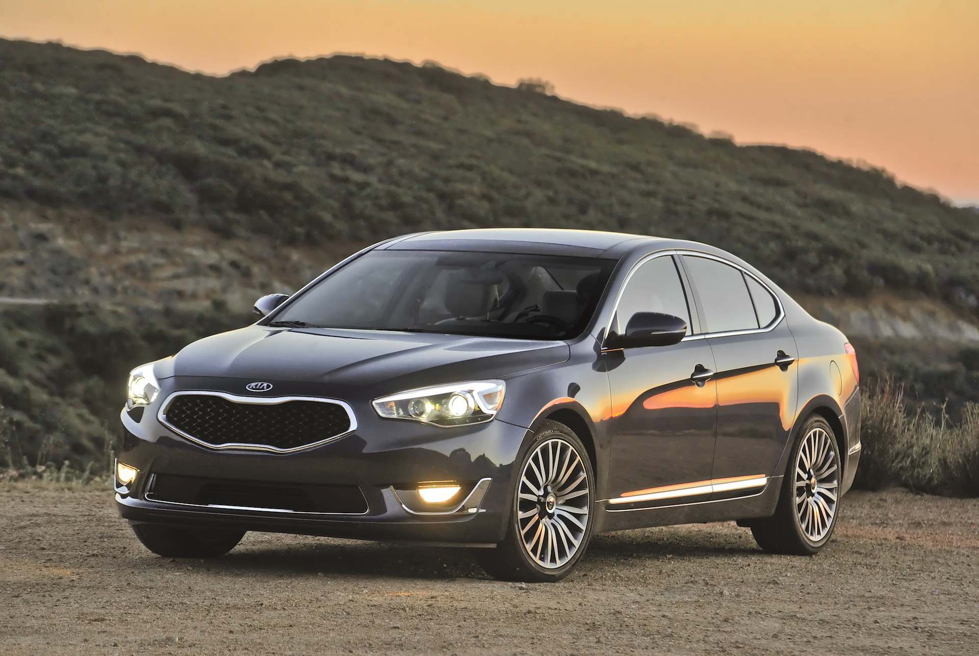 2015 Kia Cadenza Safety Review and Crash Test Ratings - The Car Connection