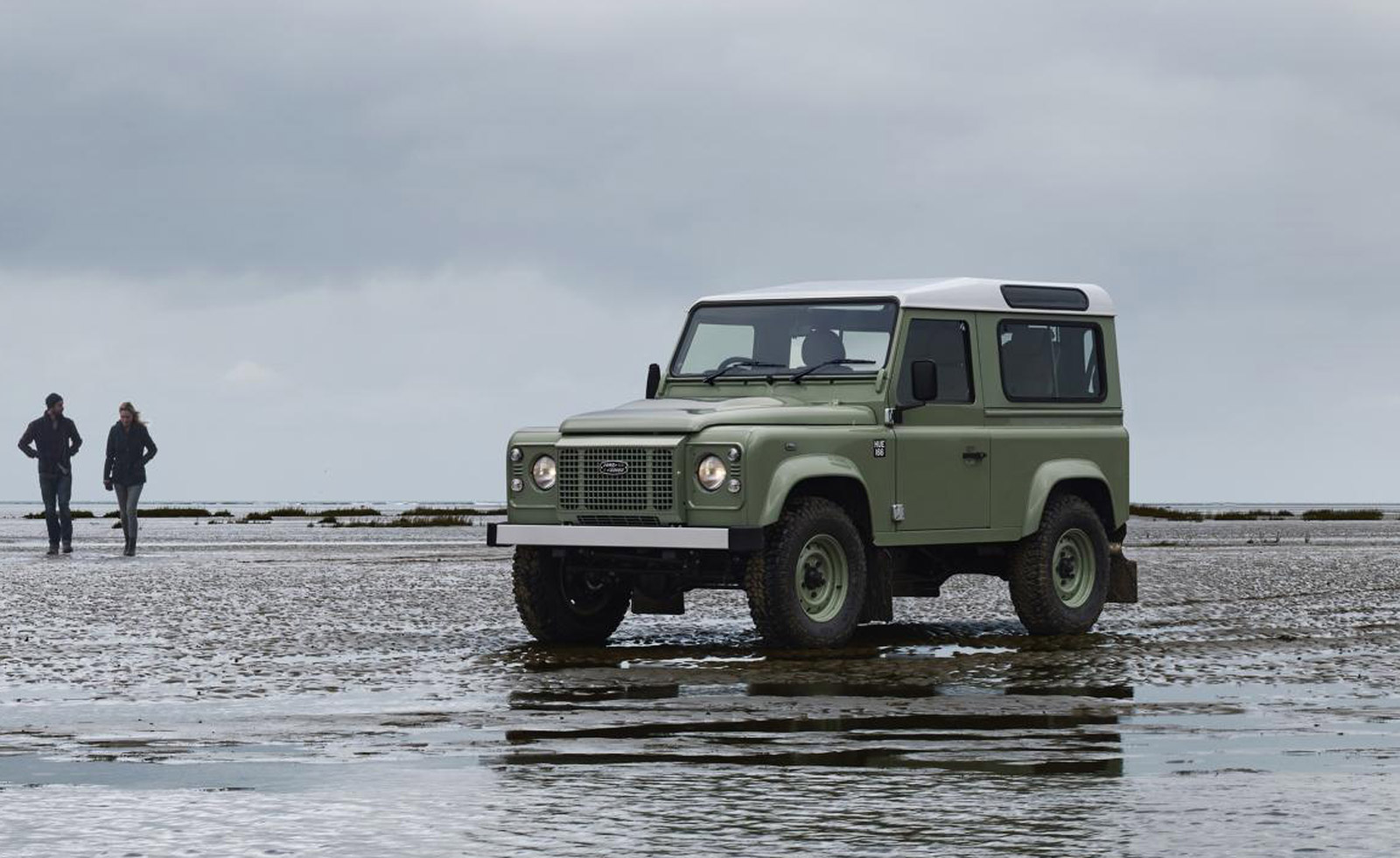Report: New Land Rover Defender coming with 5 bodystyles