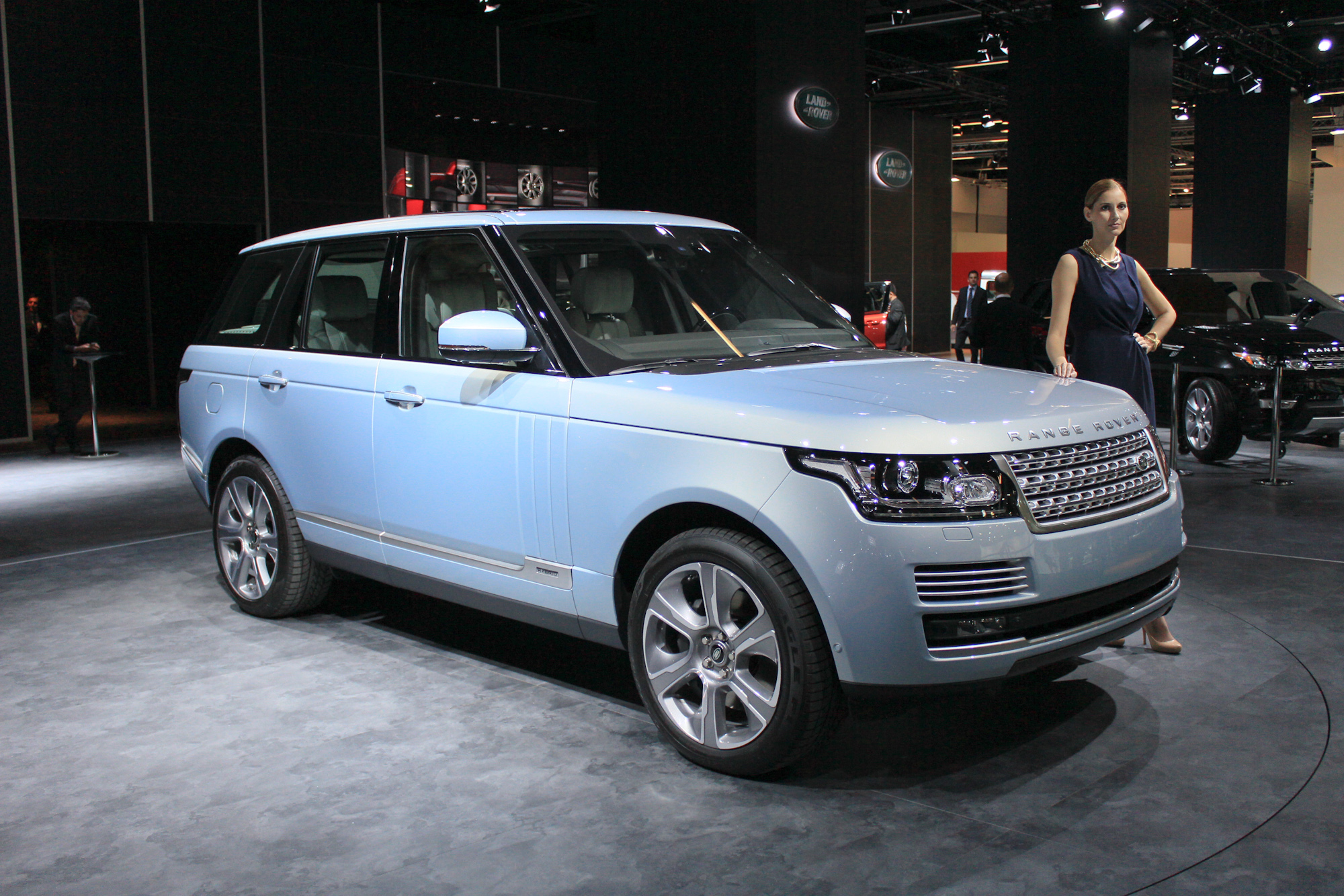 hybrid range rover and range rover sport 2013 frankfurt auto show. Black Bedroom Furniture Sets. Home Design Ideas