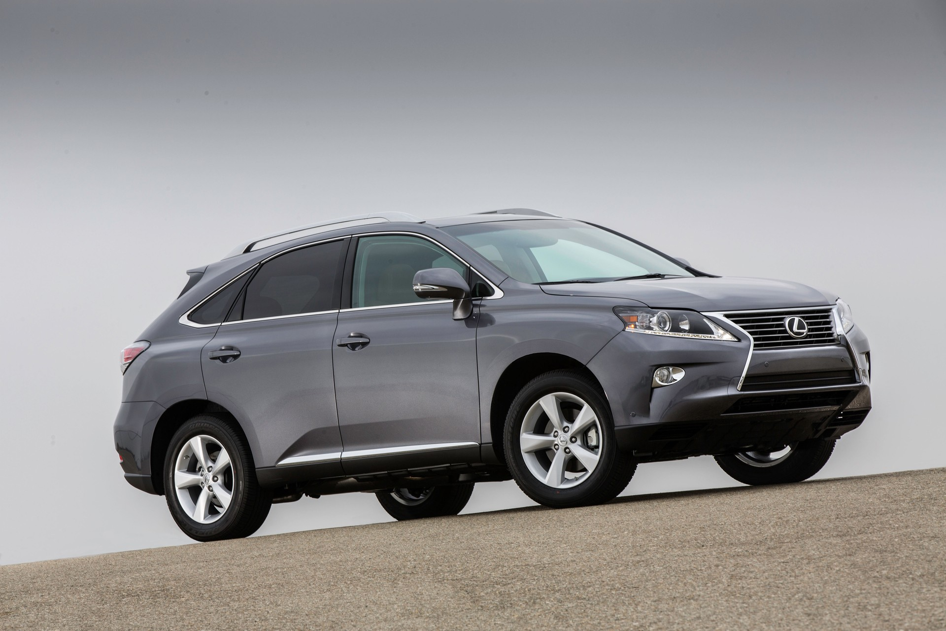 2016 lexus rx to shed weight with aluminum. Black Bedroom Furniture Sets. Home Design Ideas