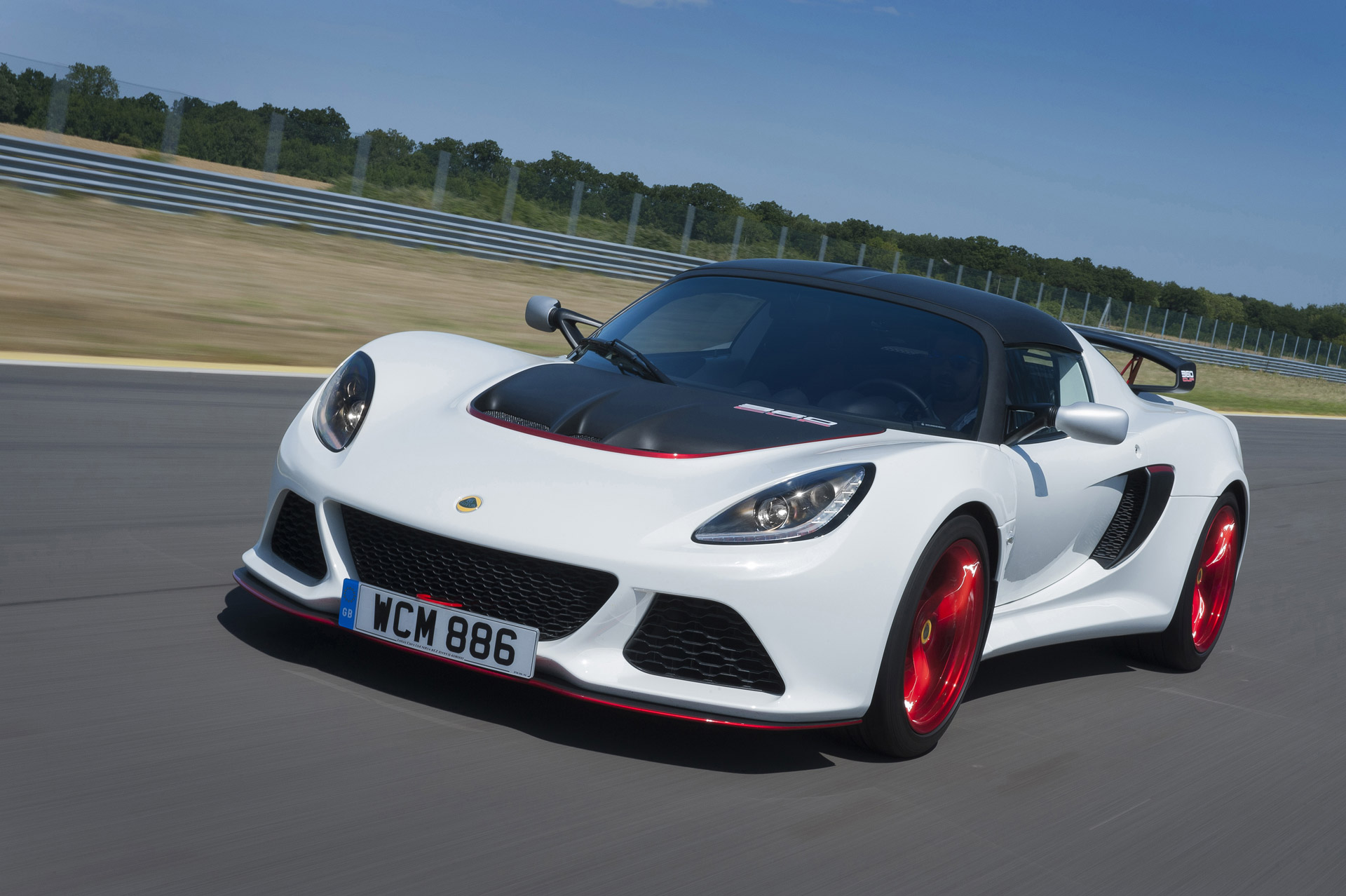 lotus exige v6 cup track car gets updated limited edition 360 model. Black Bedroom Furniture Sets. Home Design Ideas