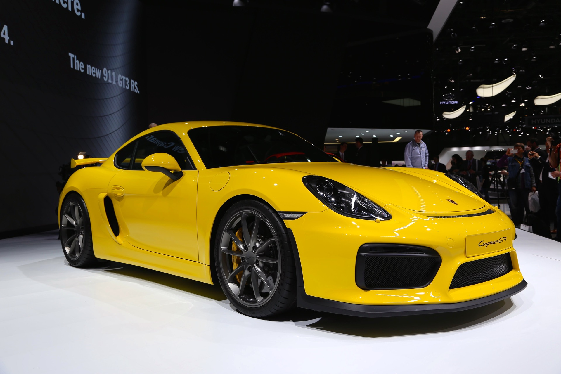 2019 Porsche 911 Turbo S >> 2016 Porsche Cayman GT4 debuts at the 2015 Geneva auto show