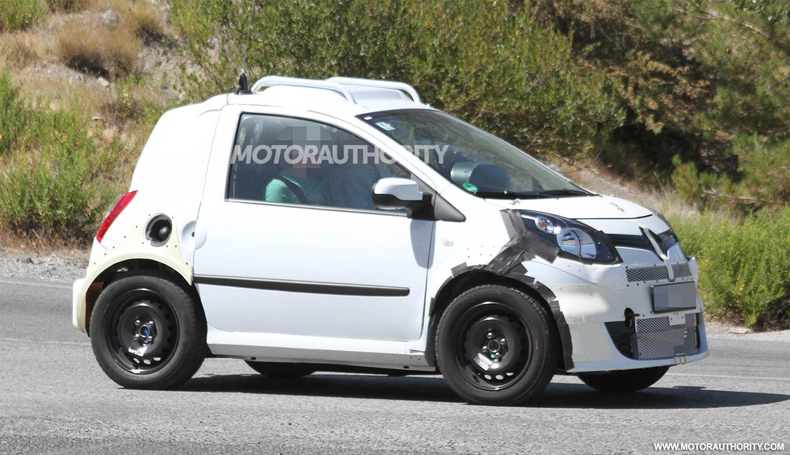 New Smart Fortwo And Forfour Models Will Be Developed With
