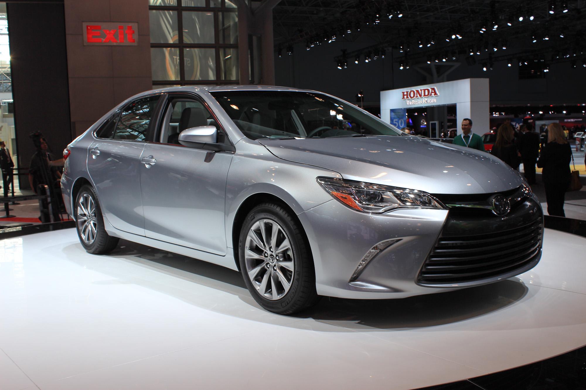 2015 Toyota Camry New York Auto Show Live Photos