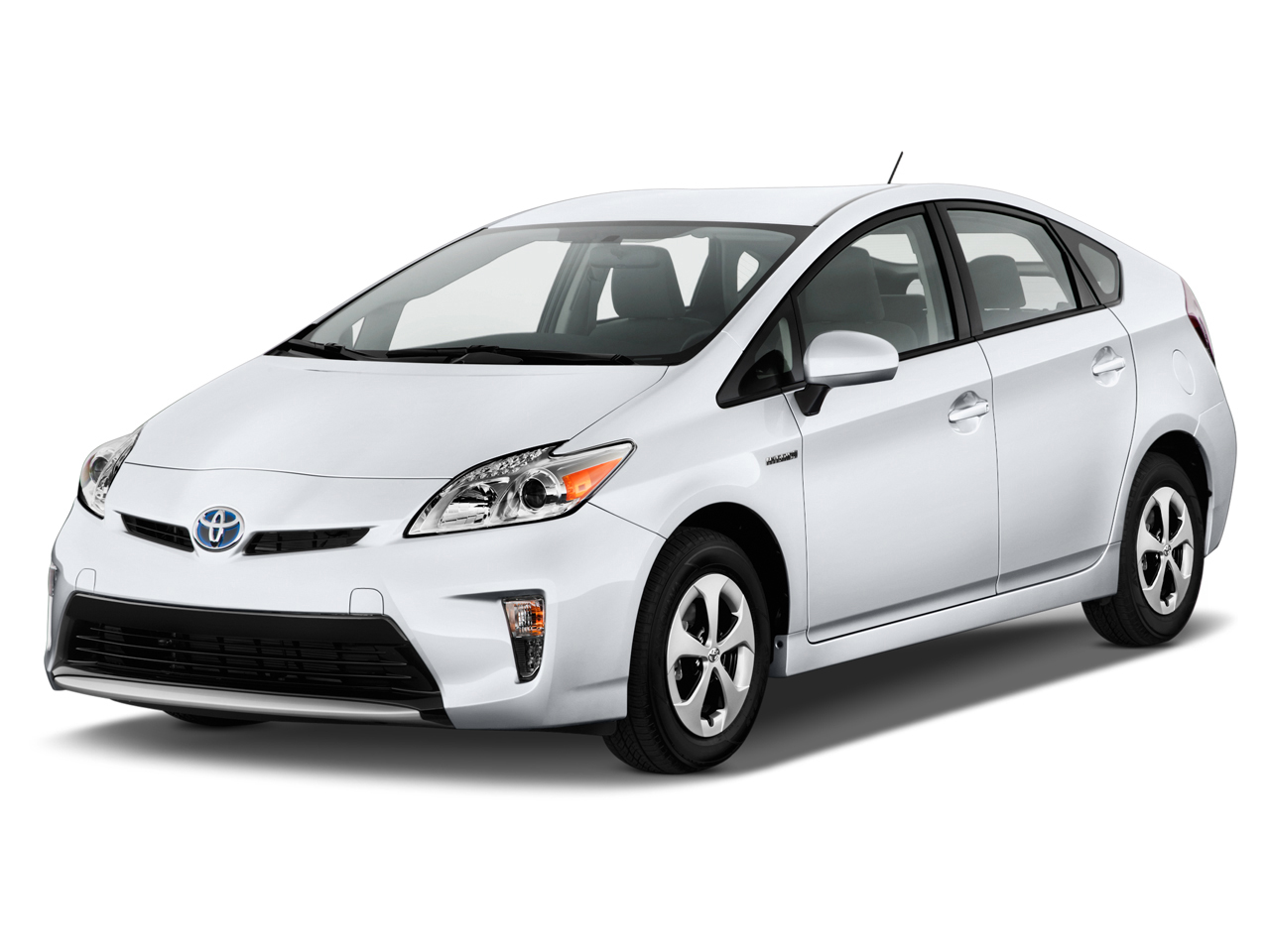 toyota prius safety review and crash test ratings   the car connection