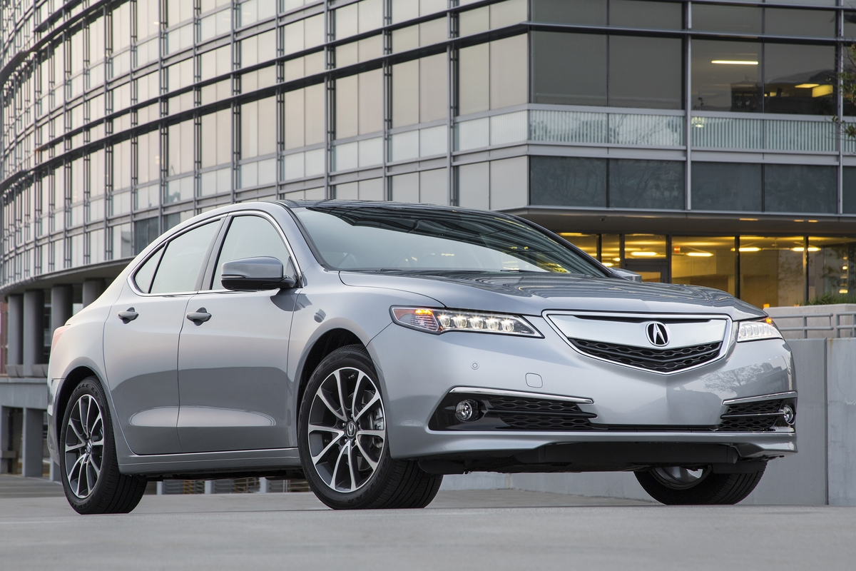 2016 Acura TLX Features Review