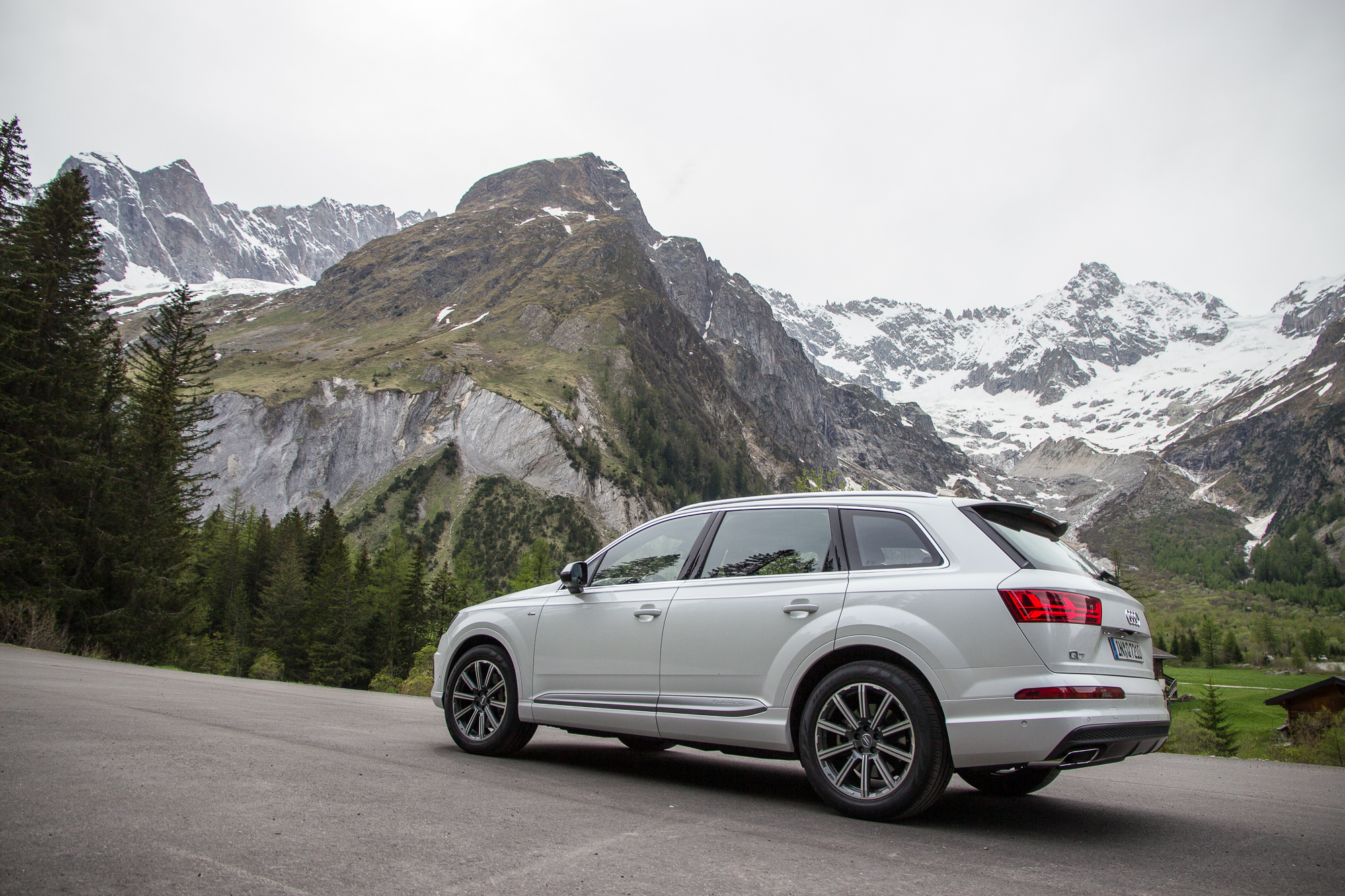 2017 Audi Q7 Safety Review and Crash Test Ratings - The Car Connection